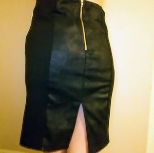 Xhileration two tone black pencil skirt size M